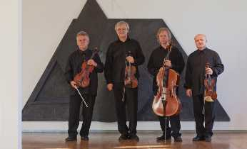 The Stamic Quartet consist of Jindřich Pazdera Josef Kekula, Jan Pěruška og Petr Hejný