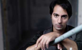 Saleem Ashkar will play the Moonlight Sonata and much more Beethoven.