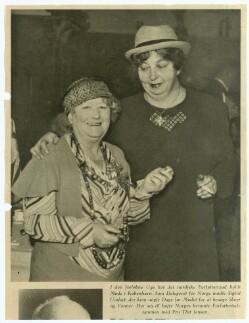 Fru Thit Jensen og Fru Sigrid Undset